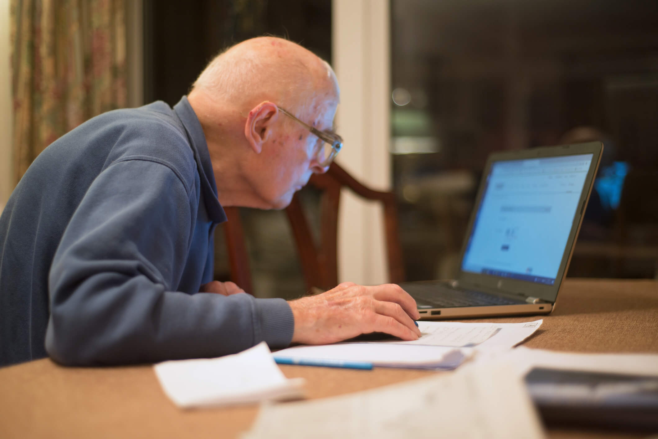 Using Internet in Retirement Boosts Cognitive Function — New Research