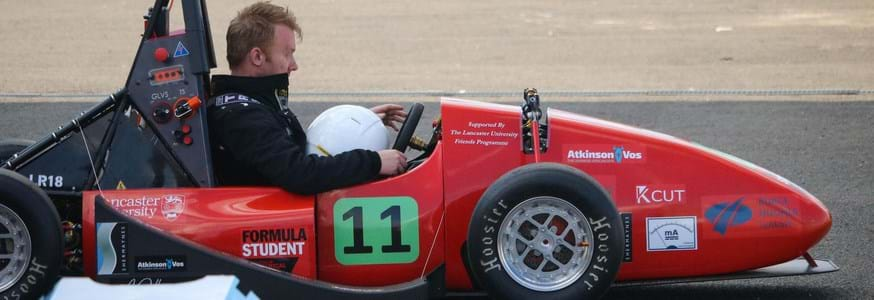 E racing car