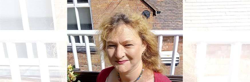 Dr Jenni Hyde